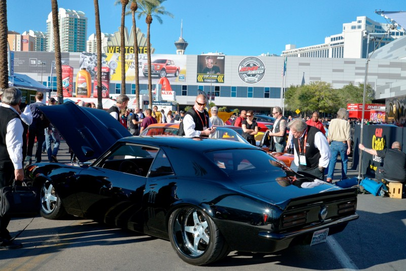 SEMA 2014 Showfloor Photo Gallery - The CARS 19