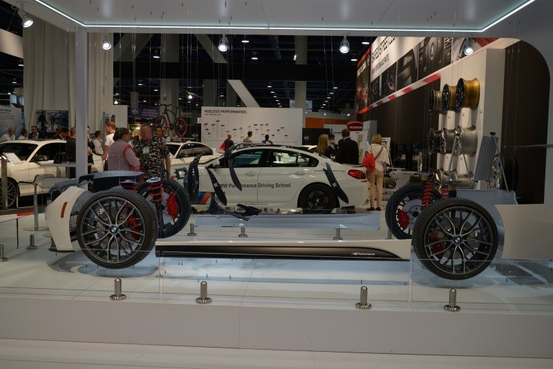 SEMA 2014 Showfloor Photo Gallery - The CARS 25