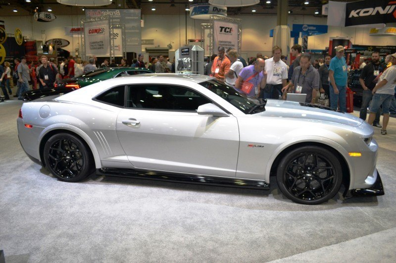 SEMA 2014 Showfloor Photo Gallery - The CARS 46