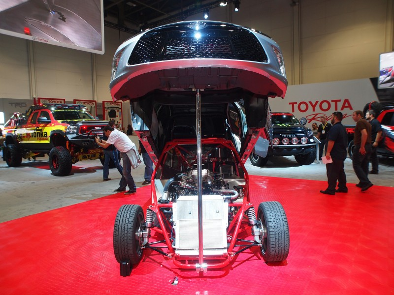 SEMA 2014 Showfloor Gallery   The CARS! 100 High Res Photos SEMA 2014 Showfloor Photo Gallery The CARS 85 800x600 photo