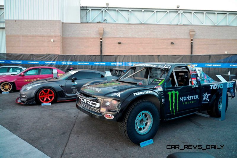 SEMA 2014 Showfloor - TRUCKS Photo Gallery 12
