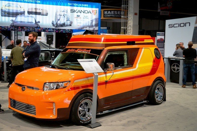 SEMA 2014 Showfloor - TRUCKS Photo Gallery 14
