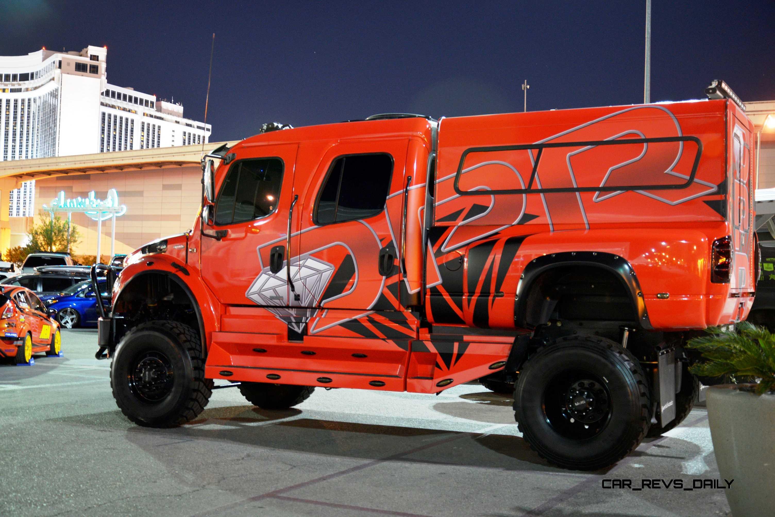 sema 2014 showfloor photo gallery the trucks. Black Bedroom Furniture Sets. Home Design Ideas
