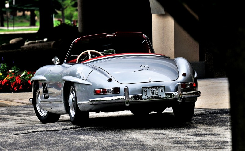 1963 Mercedes-Benz 300SL Roadster 19