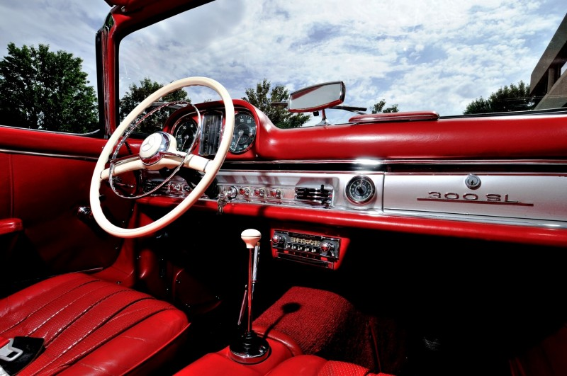 1963 Mercedes-Benz 300SL Roadster 26