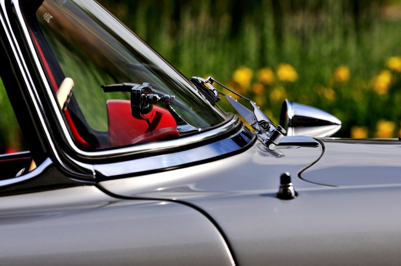 1963 Mercedes-Benz 300SL Roadster 34