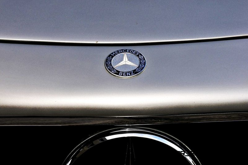 1963 Mercedes-Benz 300SL Roadster 39