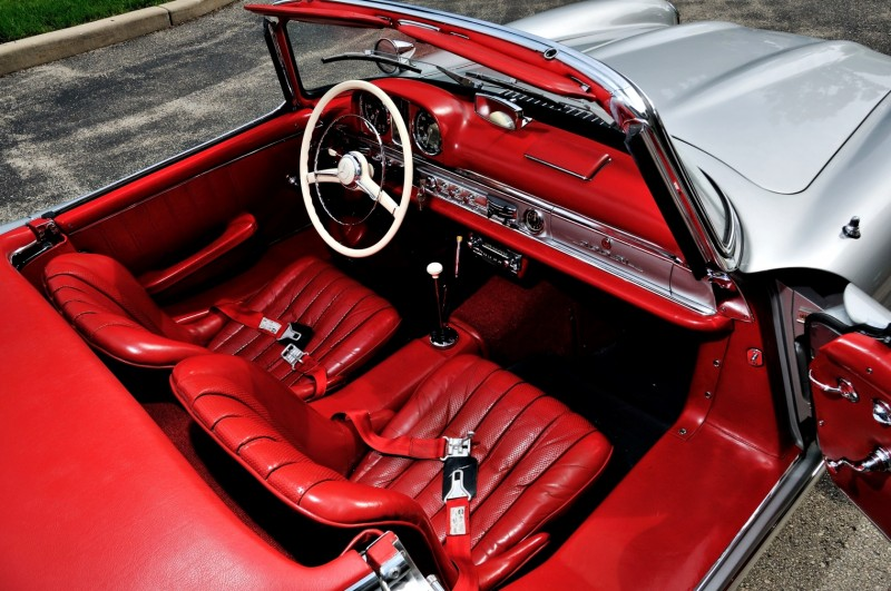 1963 Mercedes-Benz 300SL Roadster 5