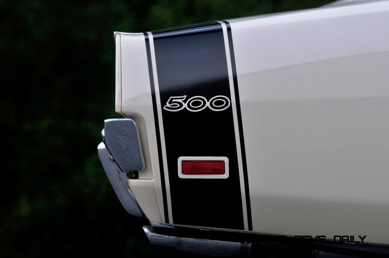 1969 Dodge Hemi Charger 500 17