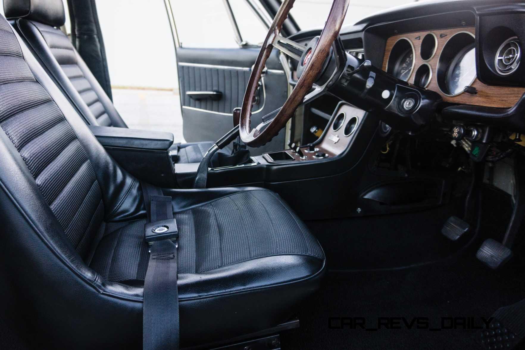 1970 Nissan Skyline 2000 GT-R Hakosuka Sedan 13