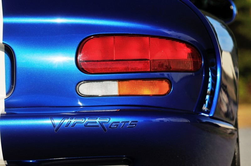 1996 Dodge Viper GTS Coupe 11