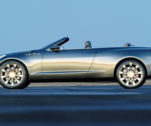 http://www.car-revs-daily.com/wp-content/uploads/2014/12/2004-Buick-Velite-18-300x250.jpg