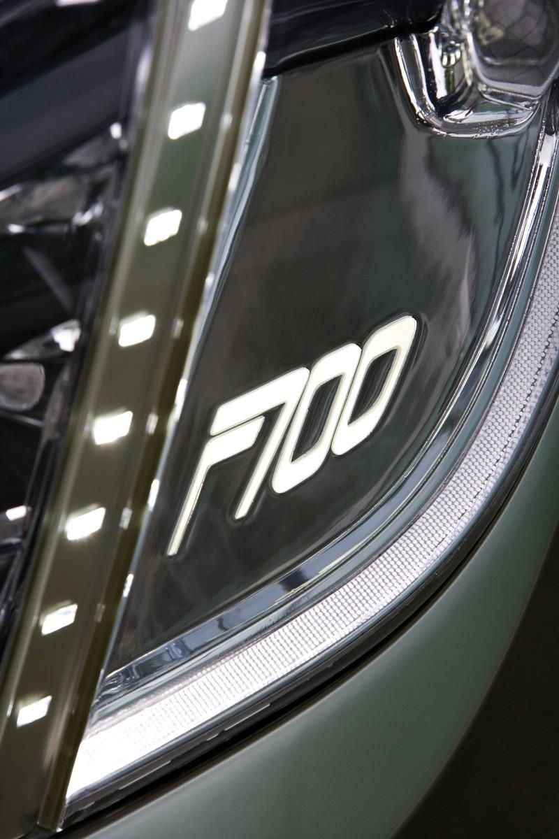 2008 Mercedes-Benz F700 17