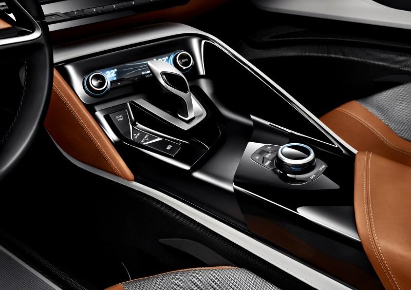 2012 BMW i8 Concept Spyder 11