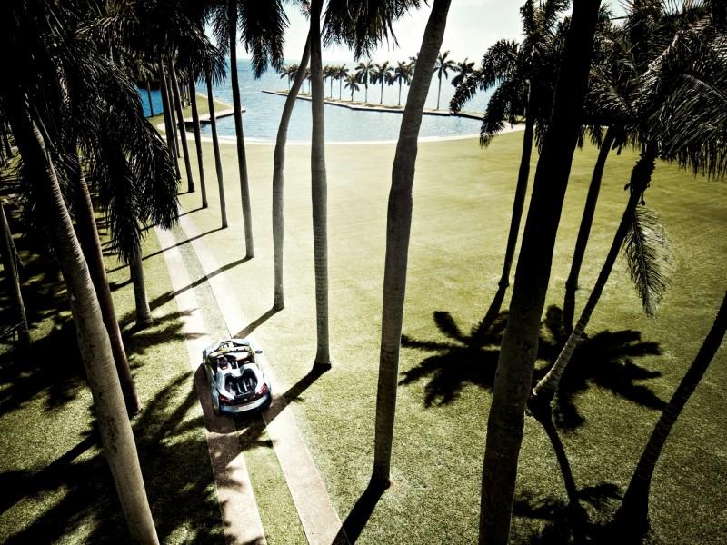 2012 BMW i8 Concept Spyder 40