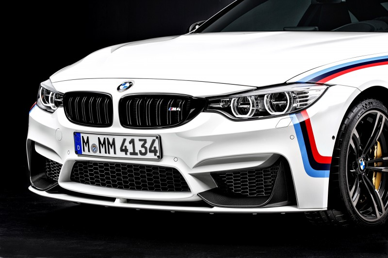 BMW M4 mit M Performance Parts