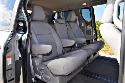 2015 Toyota Sienna XLE 49