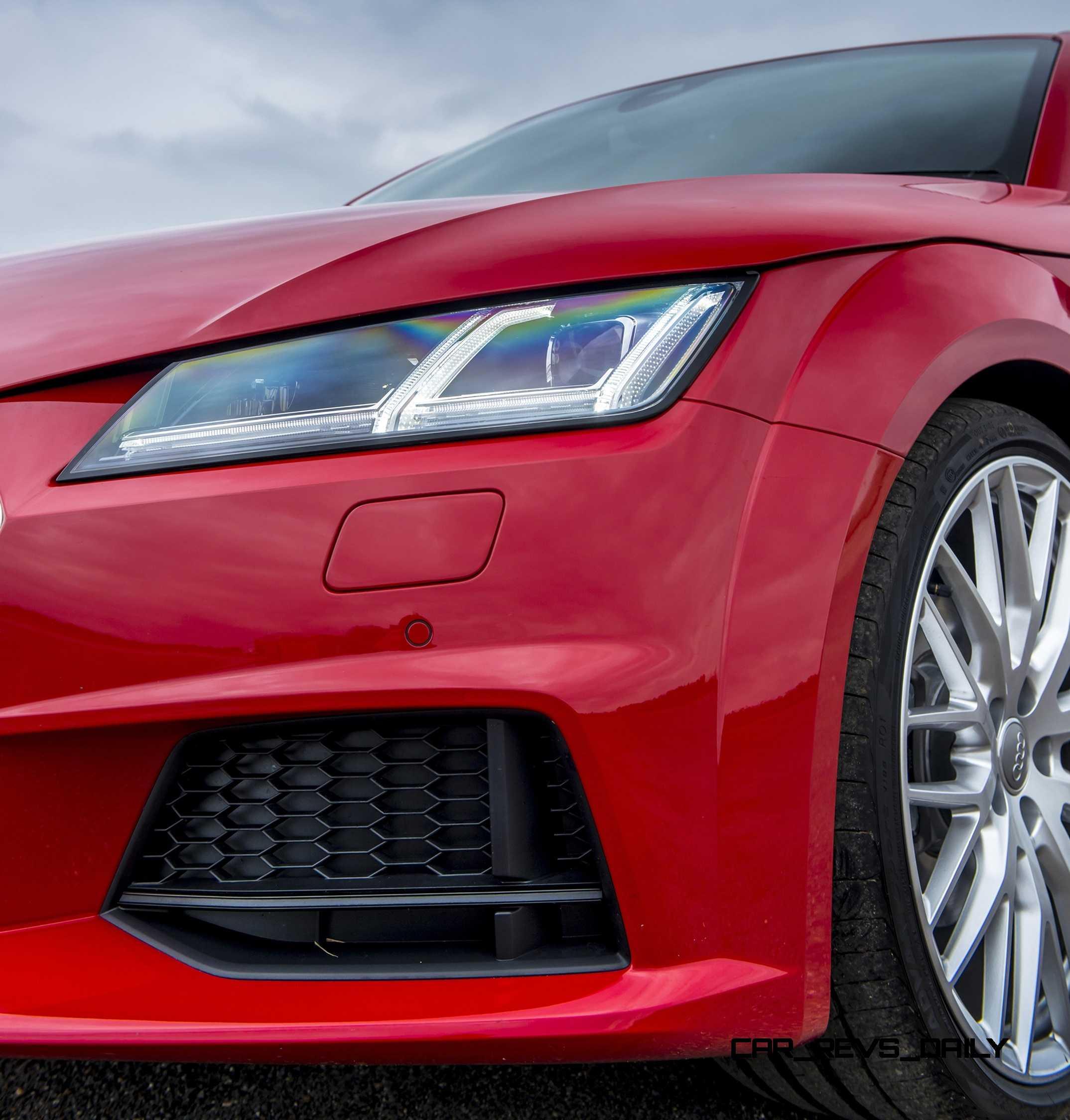 2016 Audi TT 33