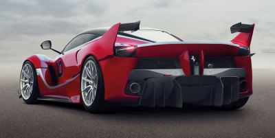 2016 Ferrari FXX K Revealed Ahead of Abu Dhabi Ferrari World Debut 6