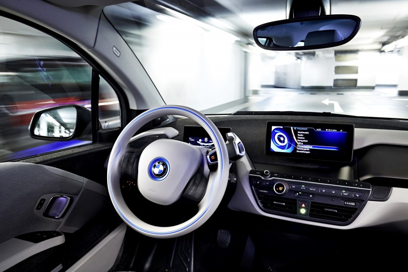 BMW i3 Brings Driverless Valet Parking to CES 2015 8