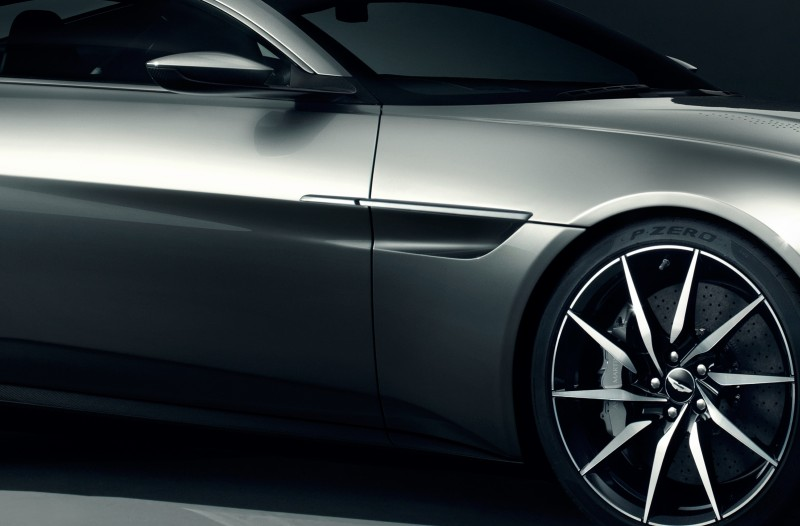 Built for Bond - Aston Martin debuts unique car for Spectre -61017-crop4