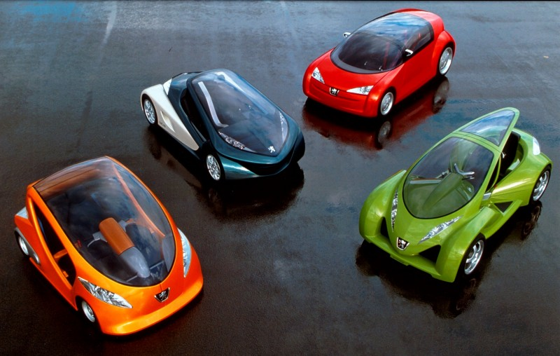 Concept Flashback - 2000 Peugeot City Toys - Kartup, Vroomster, eDoll and Bobslid 1