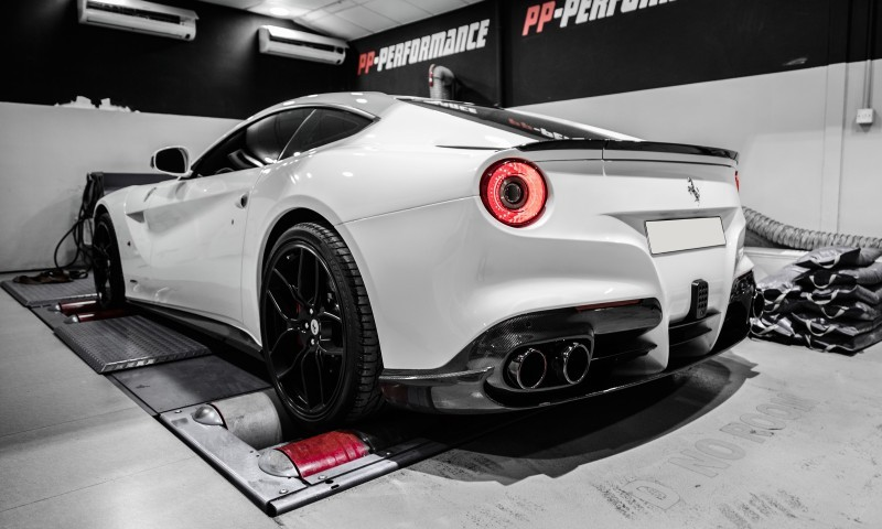 Ferrari F12 Berlinetta PP-Performance 5