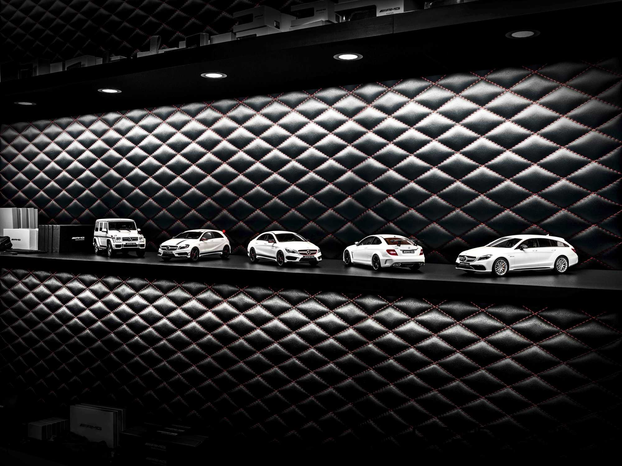 Gift ideas amg white series scale model cars for Scale model ideas