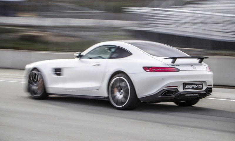 Mercedes-AMG GT Stars in Two Trippy Virtual-Reality Track Videos 1