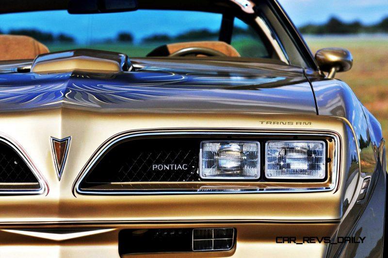 Pontiac Firebird Trans Am Y88 SE Gold Edition 13