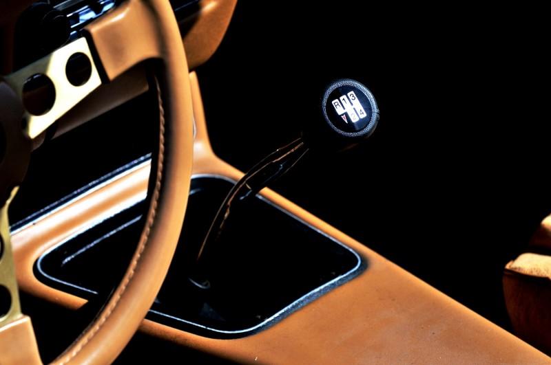 Pontiac Firebird Trans Am Y88 SE Gold Edition 8