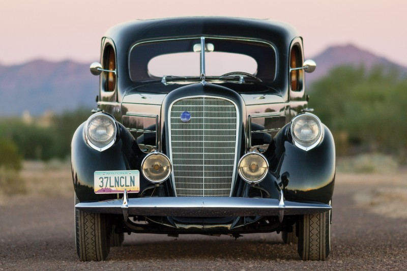 RM Arizona 2015 Preview - 1937 Lincoln Model K Two-Window V12 Sedan 13