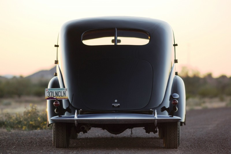 RM Arizona 2015 Preview - 1937 Lincoln Model K Two-Window V12 Sedan 14