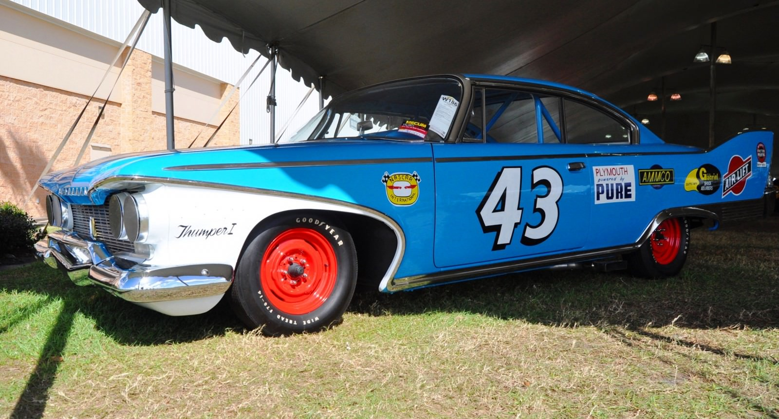 1960 Plymouth Fury NASCAR 29