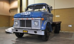 1966 Ford CS500 Shelby Racing Transporter 2