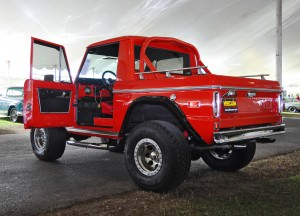 1970 Ford Bronco V8 Pickup 35