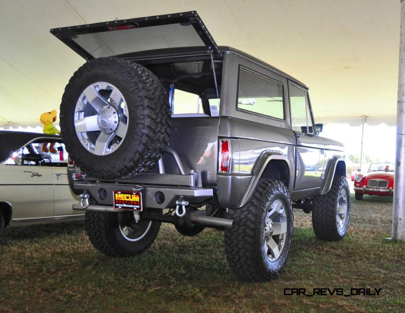 1973 Ford Bronco 12