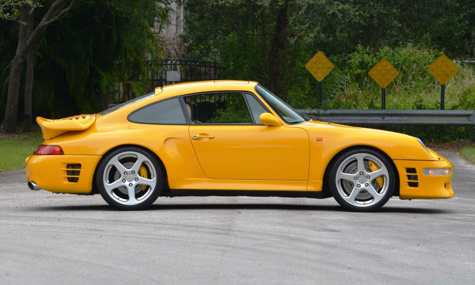 1997 ruf porsche 911 turbo r yellowbird. Black Bedroom Furniture Sets. Home Design Ideas