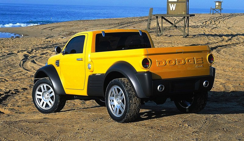 2002 Dodge M80 concept vehicle. (CV-0211)