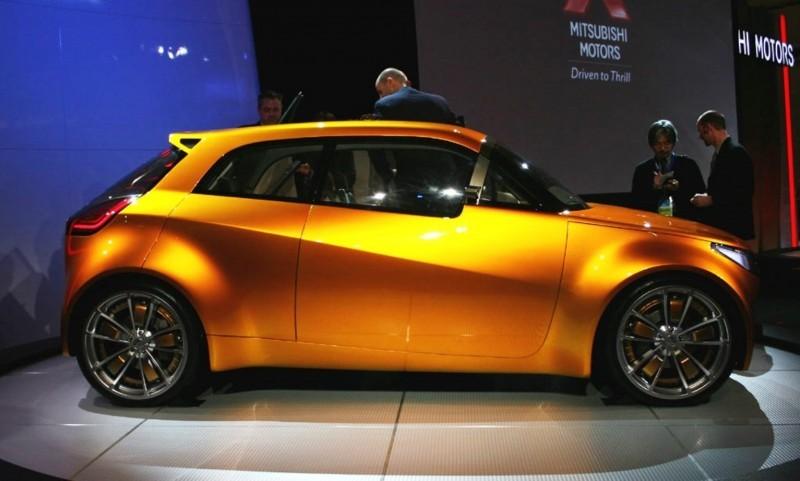 2006 Mitsubishi Concept CT 1