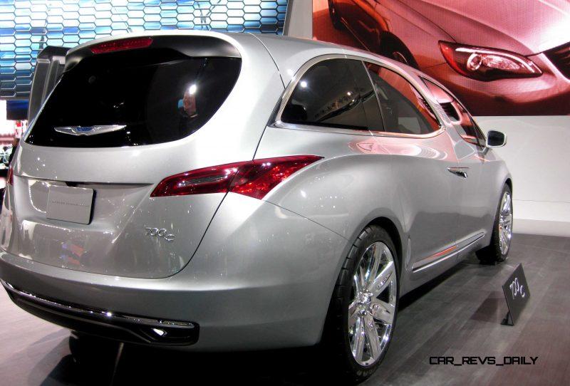 2012 Chrysler 700C Concept 10