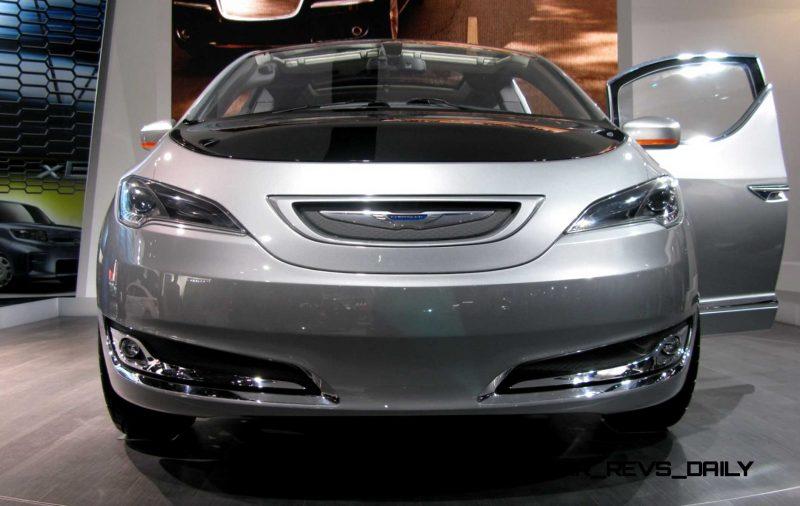 2012 Chrysler 700C Concept 13