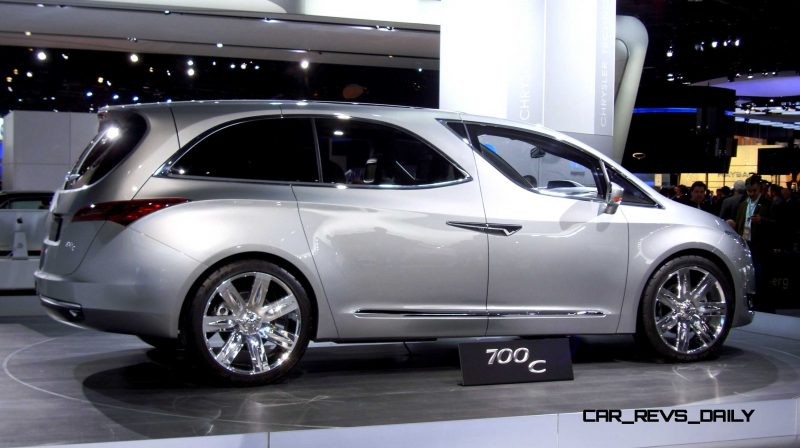 2012 Chrysler 700C Concept 18