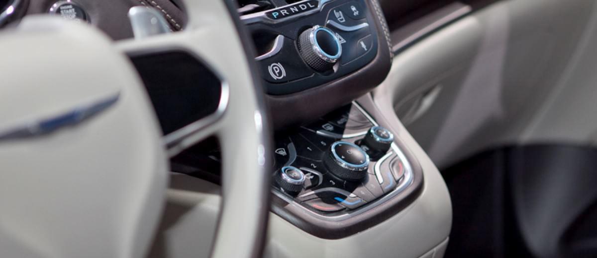 2012 Chrysler 700C Concept 3