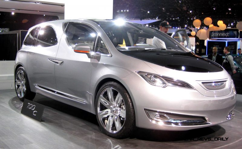 2012 Chrysler 700C Concept 5