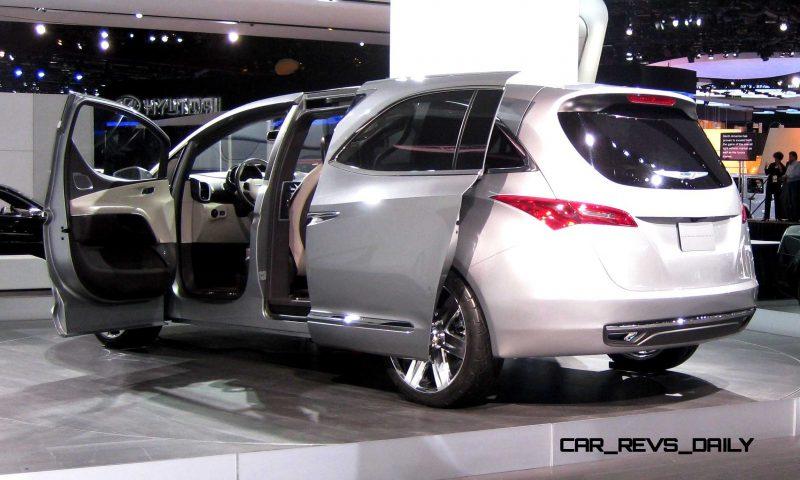 2012 Chrysler 700C Concept 6