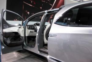 2012 Chrysler 700C Concept 9