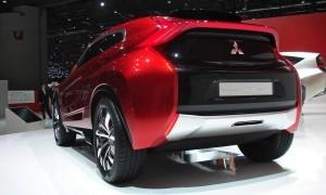 2014 Mitsubishi Concept XR-PHEV 19