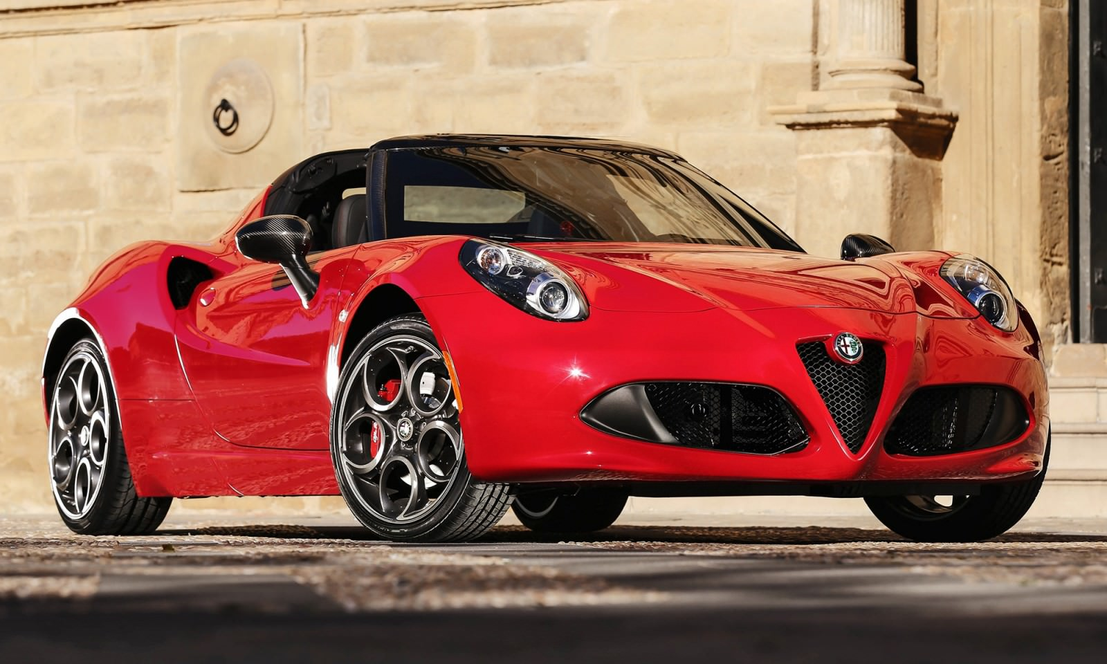 2015 alfa romeo 4c spider. Black Bedroom Furniture Sets. Home Design Ideas