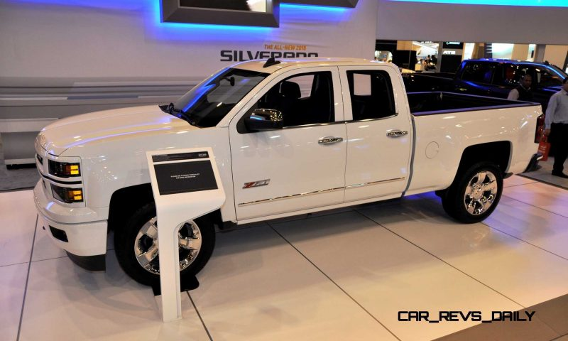 2015 Chevrolet Silverado Rally Sport and Custom Sport 11